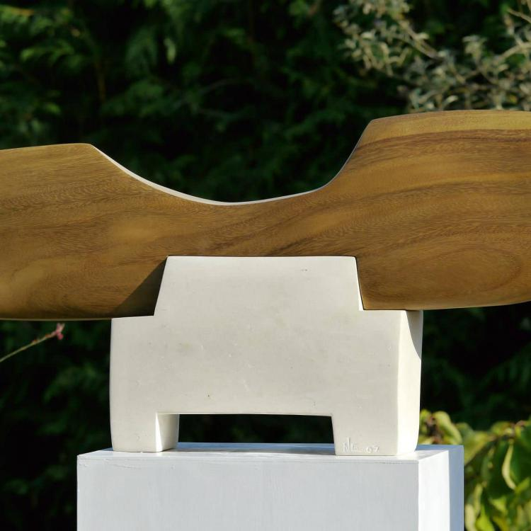Balance I wood from Guanacaste (Costa Rica) and limestone I 54x114x16cm